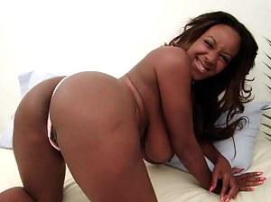 Free Black Moms Porn Pictures